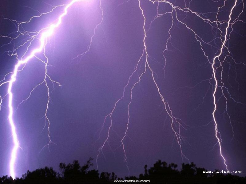 转帖壮观的闪电美图|威海水库 爱威海
