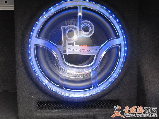 丰田威驰简约汽车音响改装高清图片
